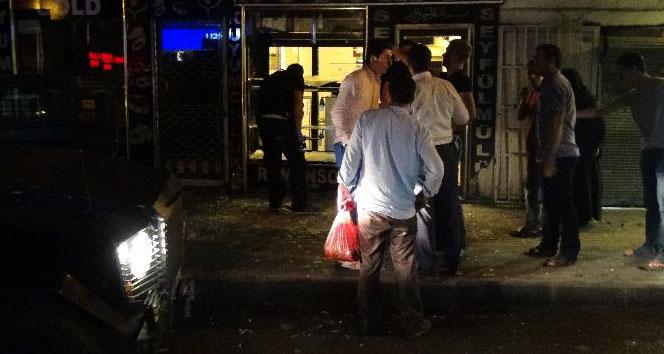 Diyarbakır'da iş yerine bombalı saldırı!
