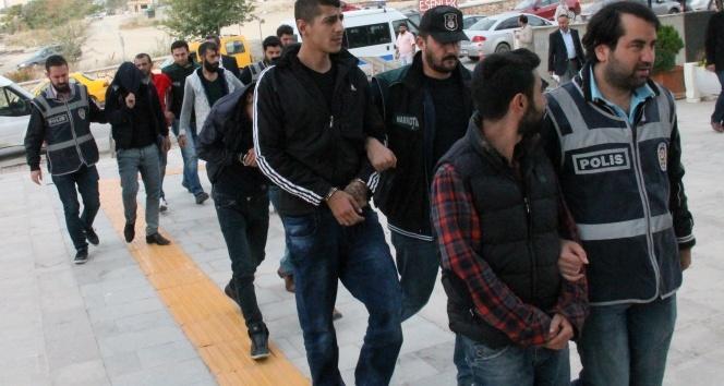 Elazığ'da uyuşturucu operasyonu: 8 şüpheli tutuklandı