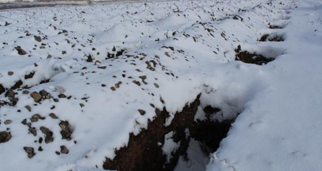 Erzurum'da 'kışa hazırlık' için 1800 mezar kazıldı