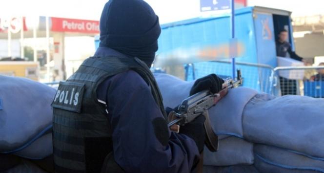 Sur'da şiddetli çatışma: 2 polis yaralı