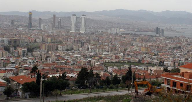 En büyük deprem riski İzmir'de