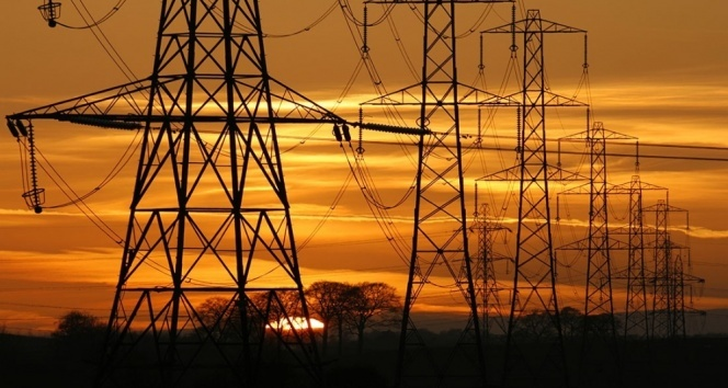 Elektriğin yüzde 59'u yerli, yüzde 42'si yenilenebilir kaynaklardan elde ediliyor