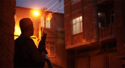 İstanbulda aranan şahıslara yönelik büyük operasyon: 57 gözaltı