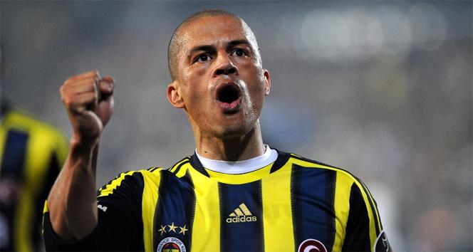 Fenerbahçe, Alex'in doğum gününü kutladı