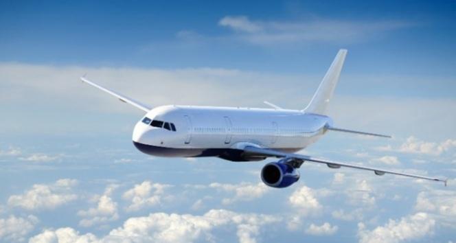 Uçakta yolcuların burnu ve kulakları kanadı