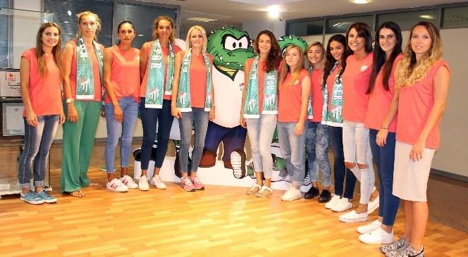 Bursaspor 7 oyuncuyu kadrosuna kattı