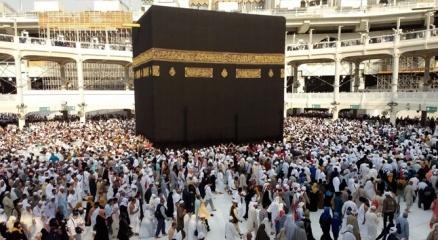 Suudi Arabistanda umre ziyaretlerine çocukların getirilmesi yasaklandı
