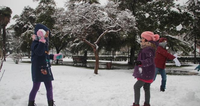 Denizli'de 5 ilçede eğitime kısmi kar engeli | Denizli'de 26 Aralıık okullar tatil mi?