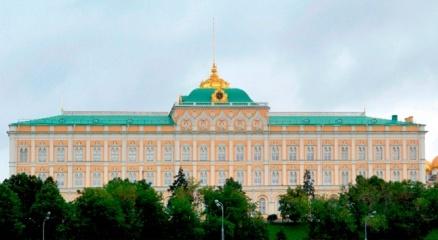 Kremlin: Bağışıklığı olmayan ve aşılanmayan kişiler her alanda çalışamayacak