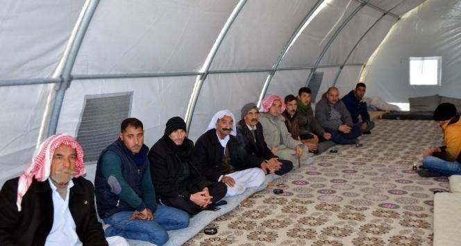 Diyarbakır'daki Ezidiler Midyat'taki kampa nakledildi