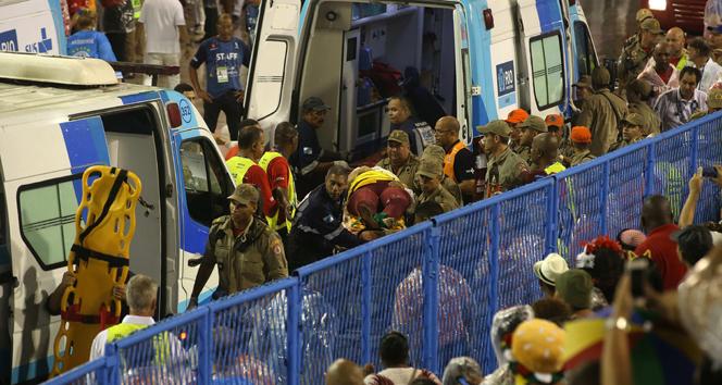 Rio Karnavalı'nda kaza: 20 yaralı
