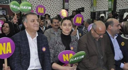 HDPden referandum kampanyasına eş zamanlı start