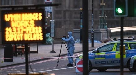 Londrada 6 noktaya operasyon: 7 gözaltı