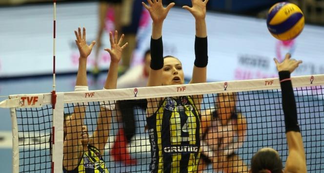 Vestel Venüs Sultanlar Ligi Play-off: Fenerbahçe: 3 - Halkbank: 0