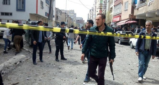 Diyarbakır'da şiddetli patlama |Patlamadan ilk görüntüler