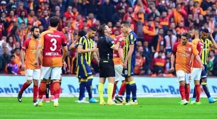 Galatasaray Fenerbahçe 0-1 maç özeti ve golleri izle! GS FB kaç kaç?