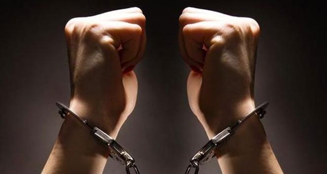 Emniyet mensuplarının eşi olan 7 kadın FETÖ'den gözaltına alındı