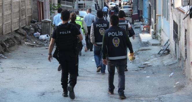 İstanbul'da göçmen kaçakçılığı operasyonu: 32 gözaltı