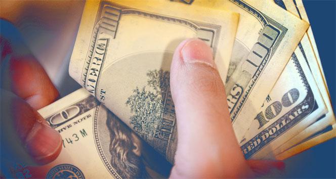 Yılsonu dolar kuru tahmini 5,82'e geriledi
