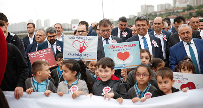 Küçükçekmeceliler kalp sağlığına dikkat çekmek için yürüdü
