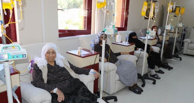 Kanser hastalarına konserli moral etkinliği
