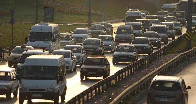 İstanbul'da bugün bu yollara dikkat! Saat 15.30'dan itibaren...