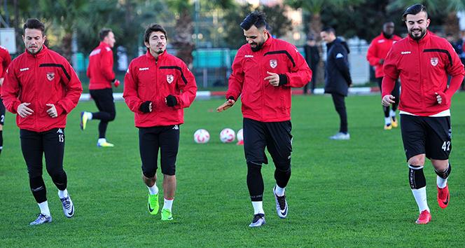 Samsunspor, 5 futbolcusunu kaybetmek üzere
