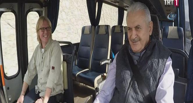 Başbakan Yıldırım, 1978 model otobüsün koltuğuna geçti