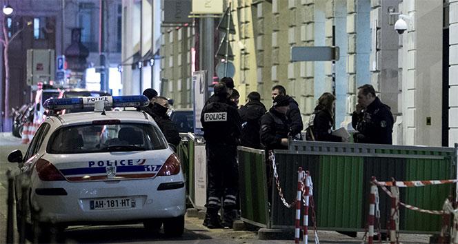 Paris'te ünlü otelden milyon dolarlık soygun