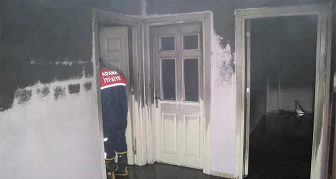 Husumetli olduğu kişiler tarafından evi kundaklandı