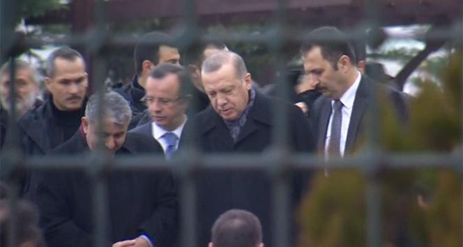 Erdoğan, cuma namazını Hz. Ali Camii'nde kıldı