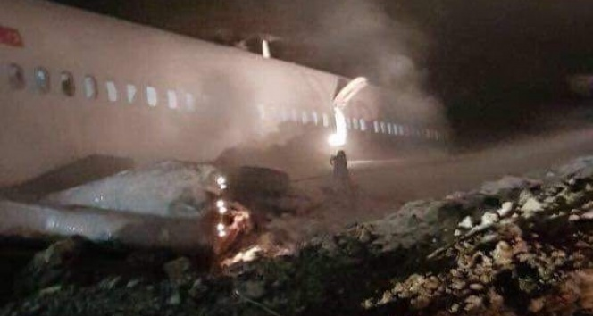 Trabzon Havalimanı'na iniş yapan Ankara uçağı pistten çıktı!   Trabzon havalimanı   Trabzon haberleri