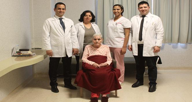 4 ay komada kaldı, ameliyatla yeniden doğdu
