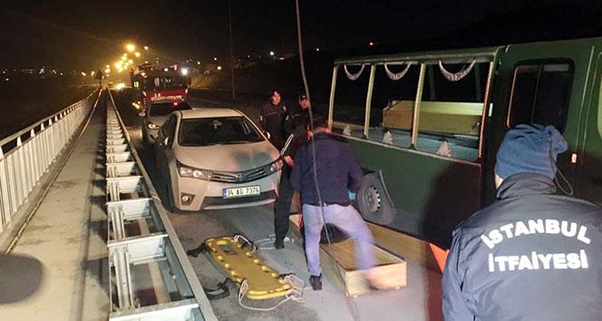 Arnavutköy'de 1'i kadın 2 kişinin cesedi bulundu