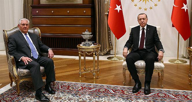 Cumhurbaşkanı Erdoğan, ABD Dışişleri Bakanı Tillerson'ı kabul etti...