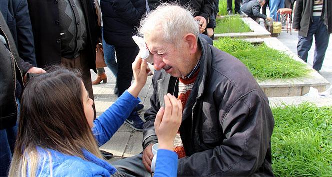 Darp edilen 78 yaşındaki boyacının gözyaşları