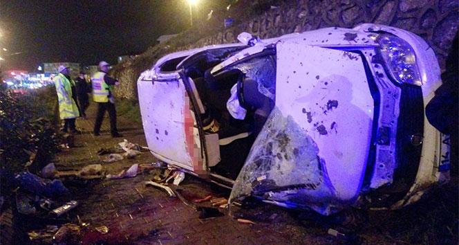 Otomobil 20 metrelik istinat duvarından düştü: 1 ölü, 3 yaralı