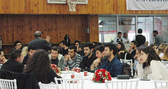 Atılım Üniversitesi mezunları öğrencilerle bir araya geldi