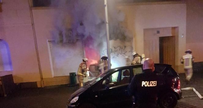 Almanya'da bir camiye saldırı daha