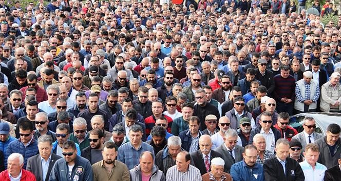 Belediye başkan yardımcısını binler uğurladı
