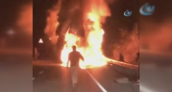 13 kişiye mezar olan yolcu otobüsü böyle yandı