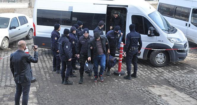 Kars'ta FETÖ'nün EGM mahrem yapılanmasına operasyon: 6 gözaltı