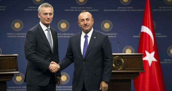Çavuşoğlu: 'Cumhurbaşkanına yakışır bir şekilde açıklama bekliyoruz'