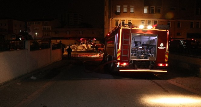 strafor fabrikasında yangın ile ilgili görsel sonucu