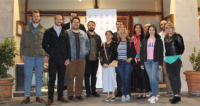 İspanya'da yaşayan BAU mezunları Madrid'de buluştu