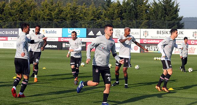 Beşiktaş, Sivasspor maçının hazırlıklarına 10 eksikle başladı