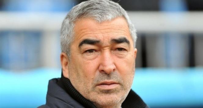 Samet Aybaba Bursaspor'a imzayı atıyor