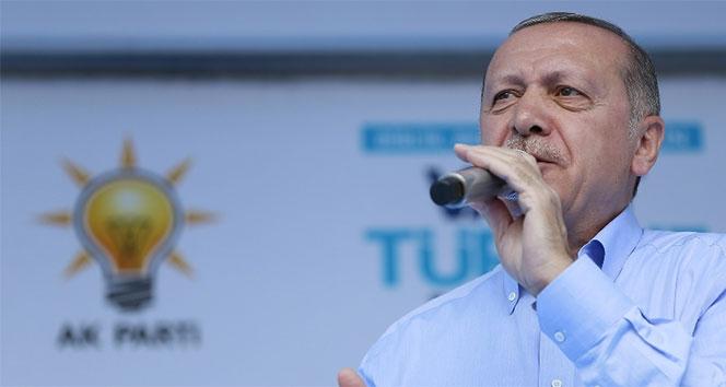 Cumhurbaşkanı Erdoğan: 'Terör örgütlerinin açtıkları çukurları kendilerine mezar edeceğiz'