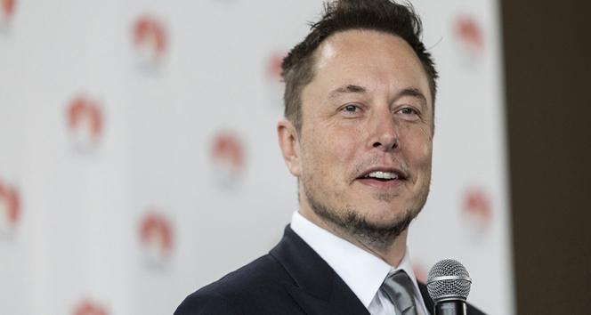 Elon Musk'tan Taylandlı çocukları kurtarmak için denizaltı tüpü