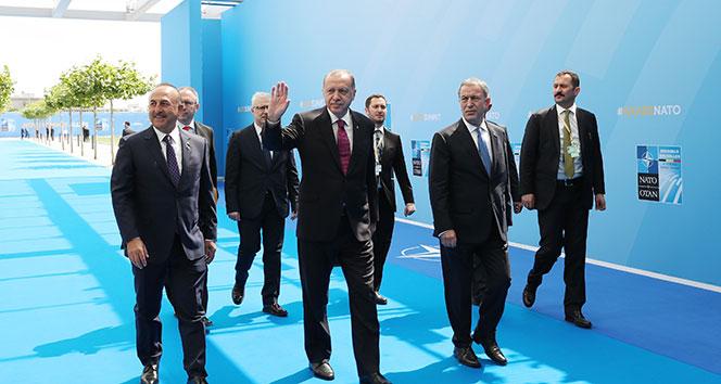 Başkan Erdoğan NATO karargahında